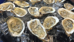 UD researchers present findings on how to best market oysters