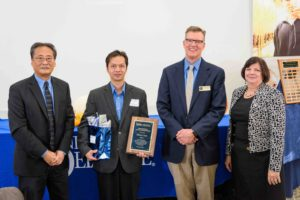 Phung Luu receives distinguished young alumni award